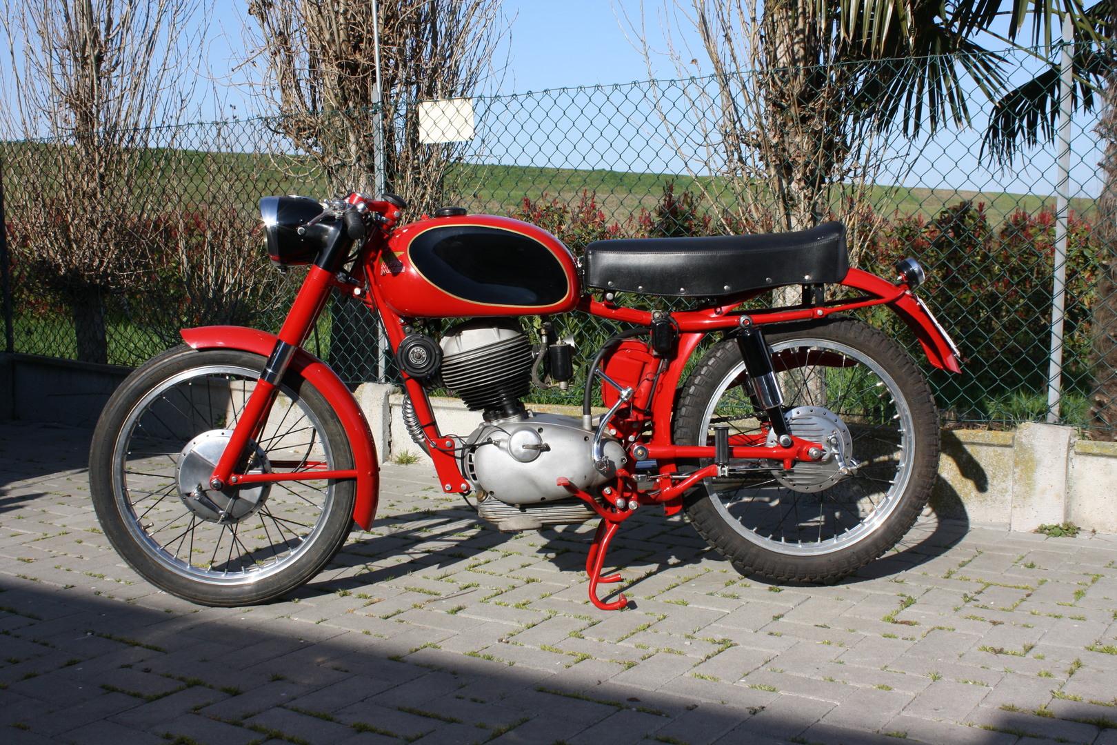 Moto Morini 175 settebello 1956