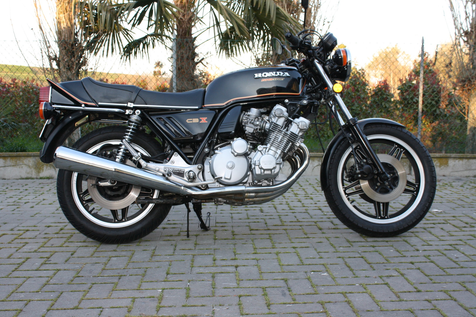 Honda: Super Sport CBX