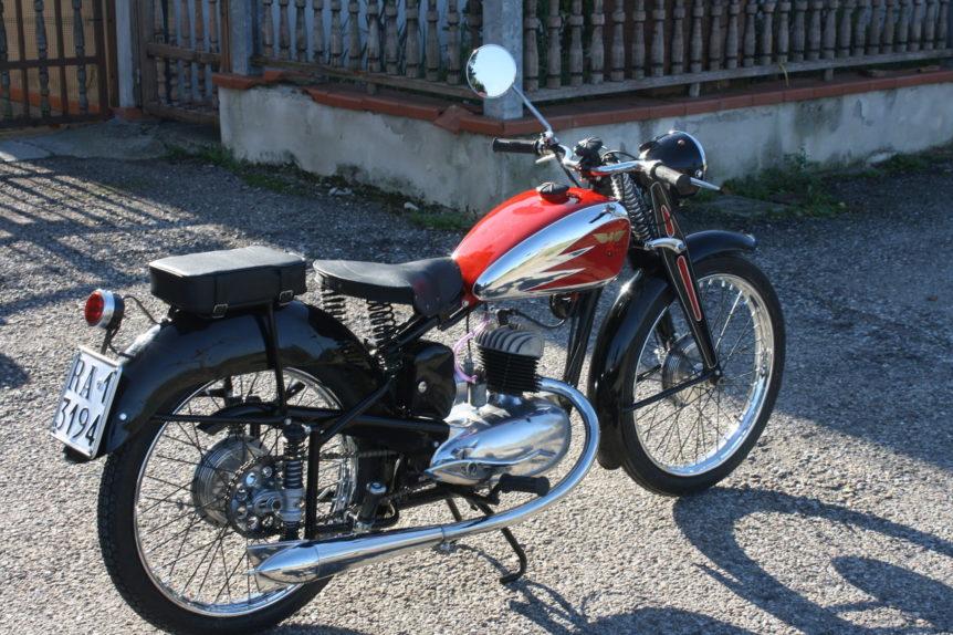 Moto Morini da un telaio alla moto